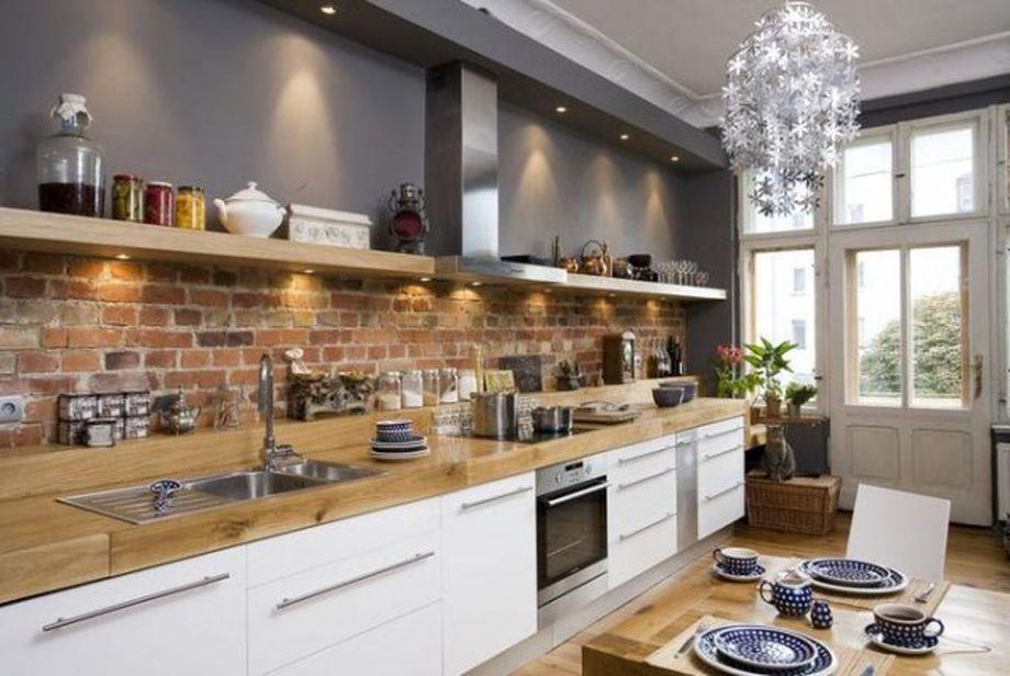 Красный кирпич в интерьере кухни фото